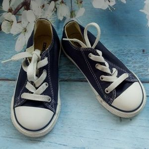 Converse Boy US 9 Navy Blue Lace-Up Sneakers